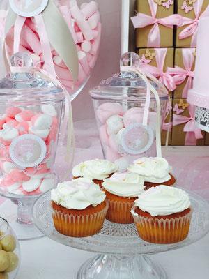 Cupcakes para bautizo de Dulce Dorotea