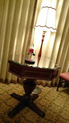 ディズニー プロポーズ 薔薇 美女と野獣 ガラスドーム 花屋 浦安 プリザーブドフラワー配達無料 舞浜