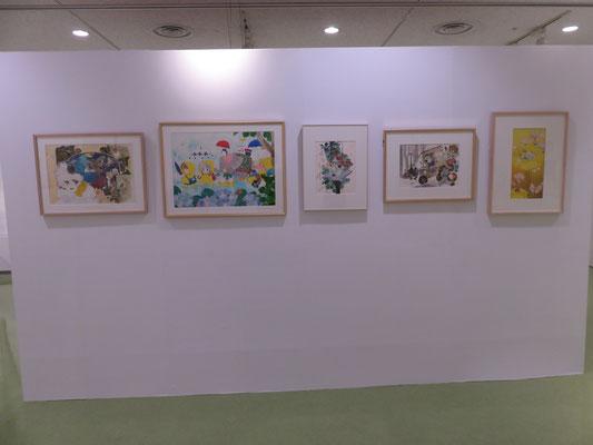 会場に入ってすぐの壁には大きめの懐かしいカラー原画たちが。
