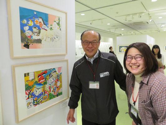 いつもにこにこ田中館長さん(ご本人童画家さんです)と学芸員の石井さん❤