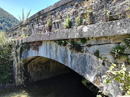 Aqueduc sur rivière l'Ourtau au Bager- Napoléon III