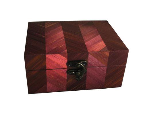 Coffret motif chevron, paille prune (vendu)