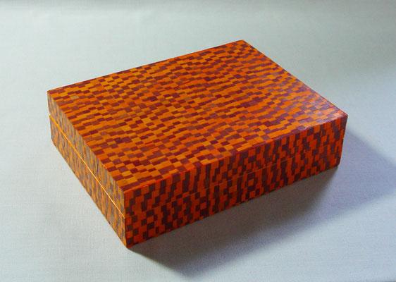 Boîte façon mosaïque (vendu)