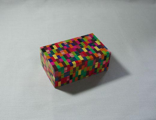 Petite boîte façon mosaïque (vendu)