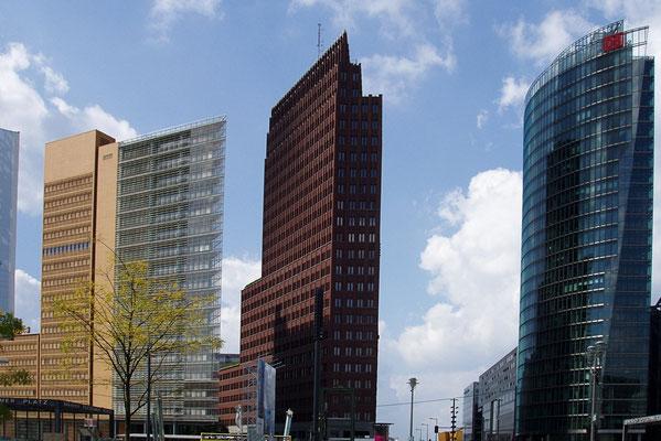 Wiezowce znanego Sony Center