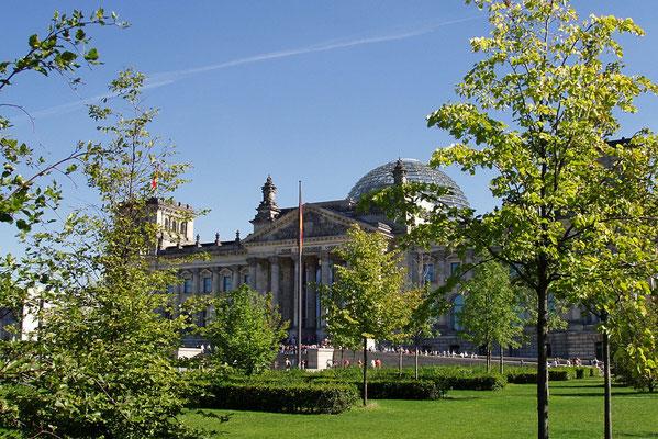 Plac parkowy przed Reichstagiem