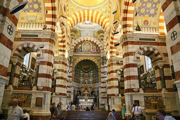 Wnetrze Katedry w Marsylii