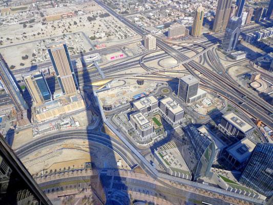 Cien Burj Khalifa na plac budowy Downtown