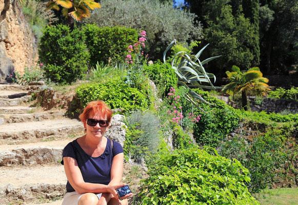 w ogrodach Villecroze