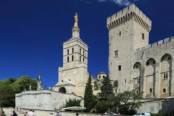 Palac papieski w Avignon