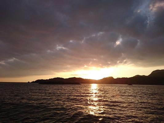 島根半島西端からご来光