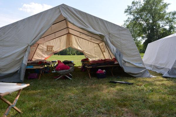 ....hier schliefen die Talentino-Camper...