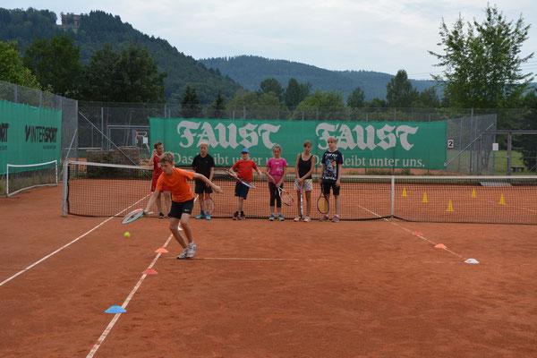 ...Sprint und Koordination bei unserer Olympiade...