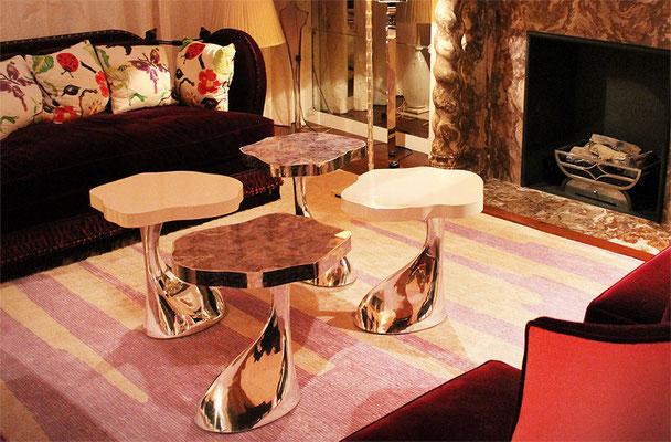 Ensemble de tables en étain et plateaux en marqueterie d'améthyste - Résidence privée - Londres
