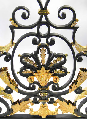 Wrought iron railing and gilt bronze foliage 24 carats made from sculpted models - Private residence