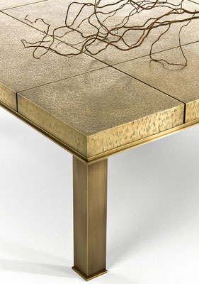 Large textured bronze coffee table - Private residence - Roma