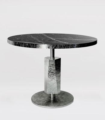 Table en aluminium texturé et poli miroir pour Dior