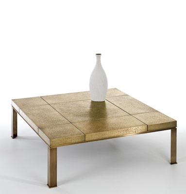 Grande table basse en bronze fortement texturé - Résidence privée - Rome