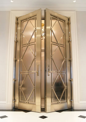 Bronze gate for a private residence - New York City