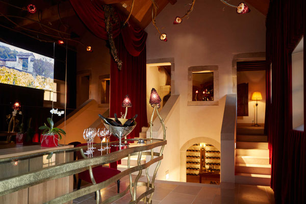 Very large tasting console, in wrought iron and toughened glass top, integrated lighting - La Maison Vougeot - France