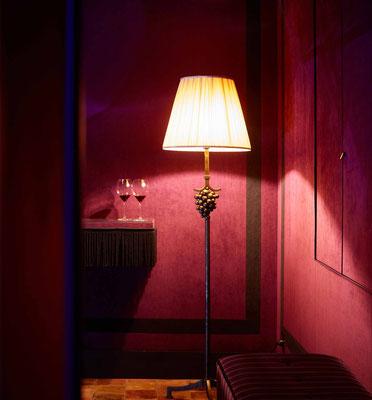 Wrought iron floor lamp - La Maison Vougeot - France