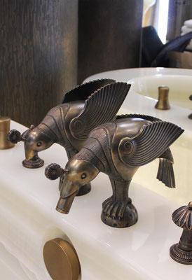 Réalisation de robinets sculptés en forme d'oiseaux en bronze - Résidence privée - Suisse