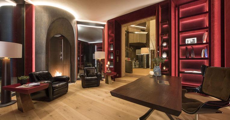 Habillage cheminée en bronze pour une résidence privée - Suisse