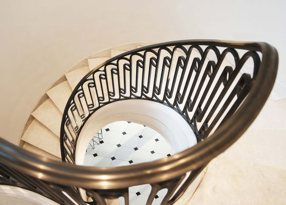 Bronze patinated railing for a private residence - New York City