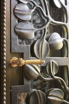 Bronze gate - Private residence - Rome