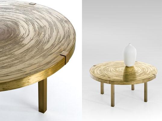 Table basse en bronze texturé pour une boutique VIP Dior