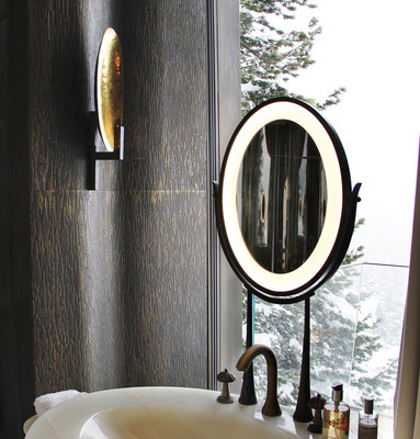 Bronze walls and mirror for a private residence - Swiss