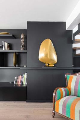 Formes sculpturales de galets en bronze - Résidence privée - Architecte d'intérieur : Florent Lucas - Nantes