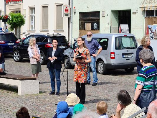Begrüßung durch Pfarrerin Verena Mittermaier