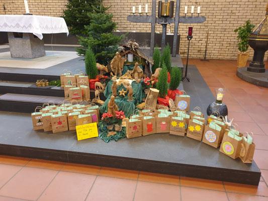 Familientüten in St. Mariä Heimsuchung