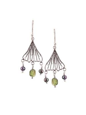 E4201 OXI 55, GP 65:  OXI EARRING HANGING FILIGREE LEAF W/ PERIDOT & GREY PEARL DROPS.