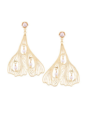 GPE4212 GP 135, OXI 115: GP EARRING POST W/ SILVER PEARL. FILIGREE LEAF 3 SILVER PEARL IN LEAF.