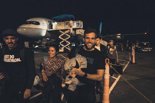 Ankuft nach ca. 20h im Flieger am Flughafen in Kona.
