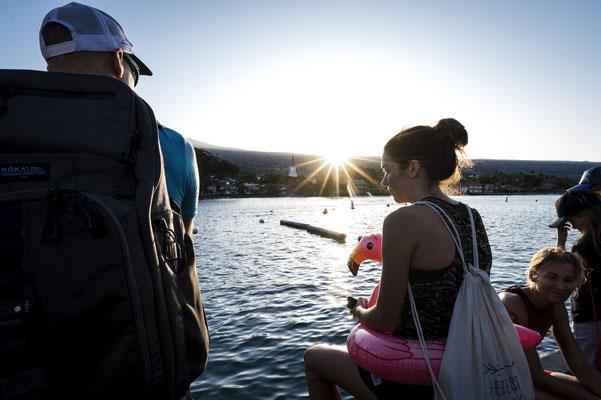 Tamara und Ingo genießen die Momente vor dem Startschuss zum Hoala Swim