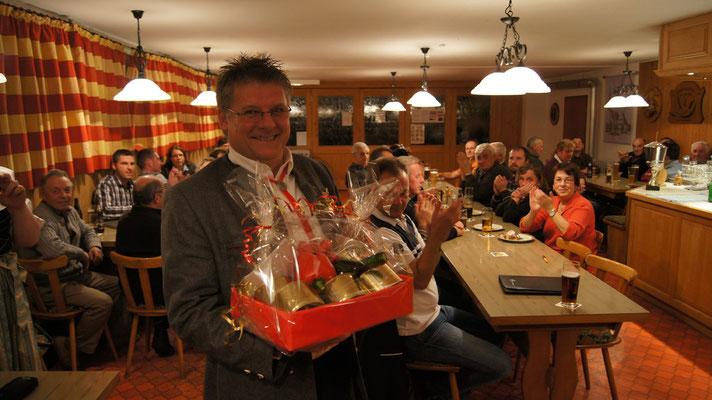 Geehrt für seine langjährige Mitgliedschaft in der Vorstandschaft: Jürgen Greisel
