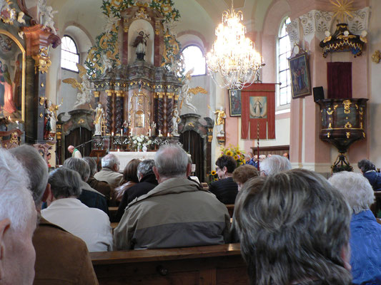 St. Johannes Nepomuk in Wassersuppen war fast voll besetzt.