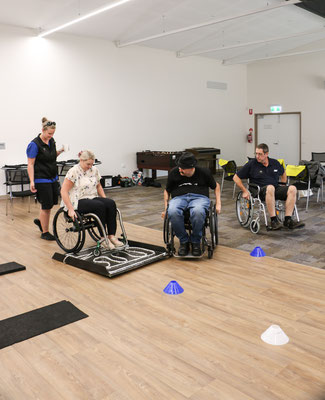 Navigating a obstacle course in a wheelchair in Manjimup 2019
