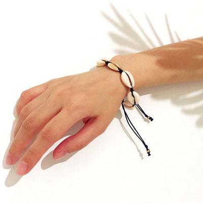 Armband mit Muscheln