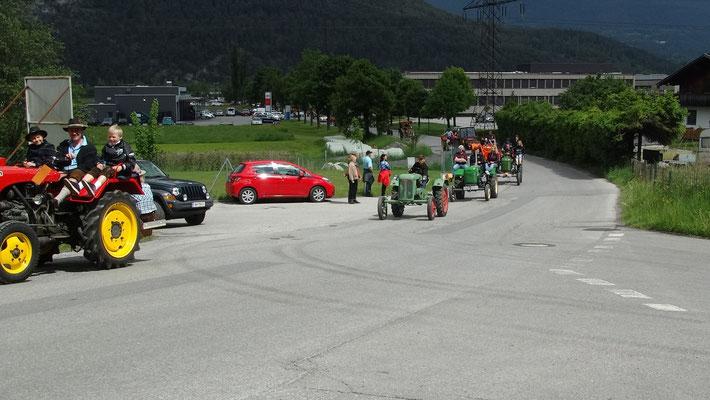 die Parade der Traktoren