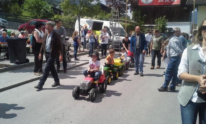 es haben 21 Kinder an der Parade teilgenommen