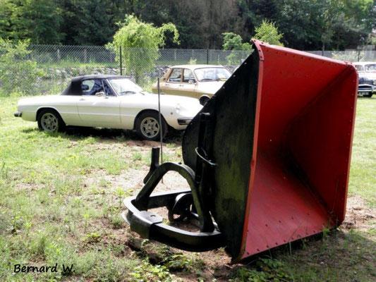 Deux voitures pour la benne?