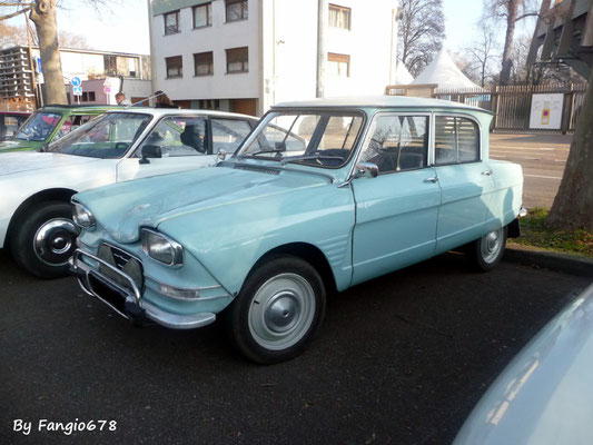 une autre Citroën Ami6