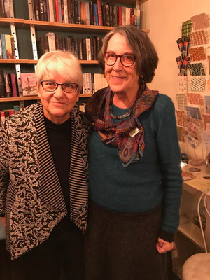 Elisabeth Leu mit ihrer Cousine Monika Schneider (links)