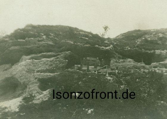 Telefonunterstand nahe der Einbaustelle der Gaswerfer. Aufgenommen am 23.10.1917. Sammlung Isonzofront.de