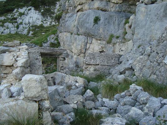 Ruinen nahe der Seilbahnstation.