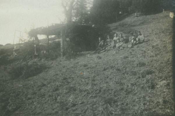 Gebirgs-Kanone in Feuerstellung